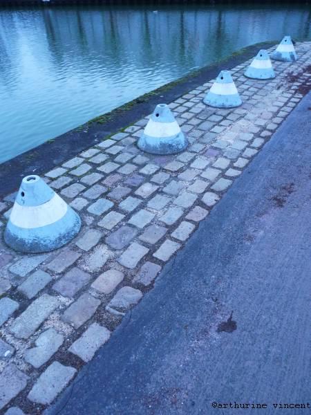 Les plots bleus de Paris