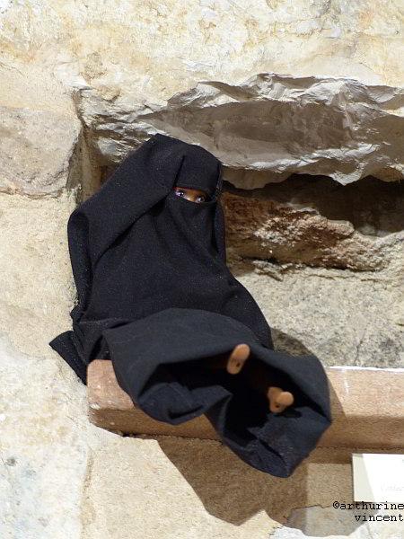 Barbie en niqab