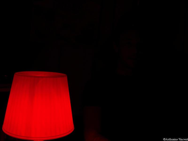 La lampe rouge