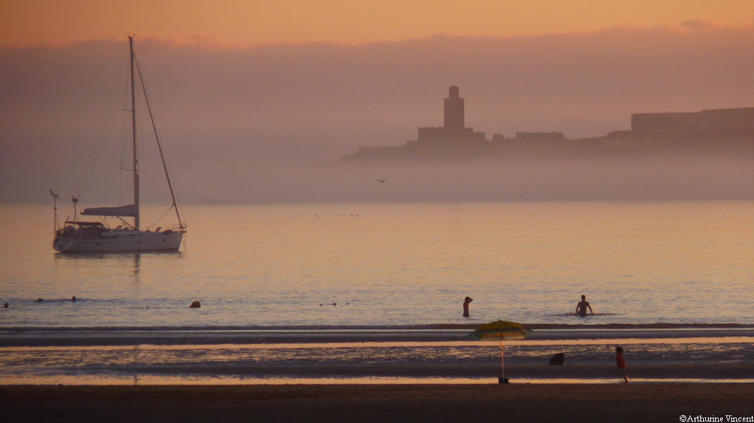 Mogador dans la brume de mer